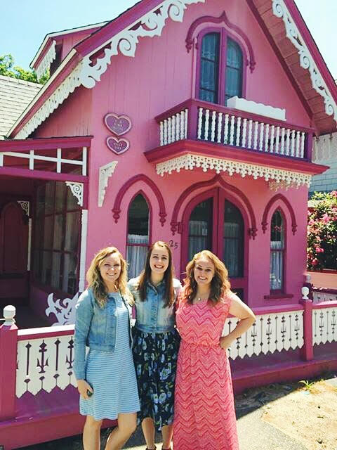 The Valentine House and I match.